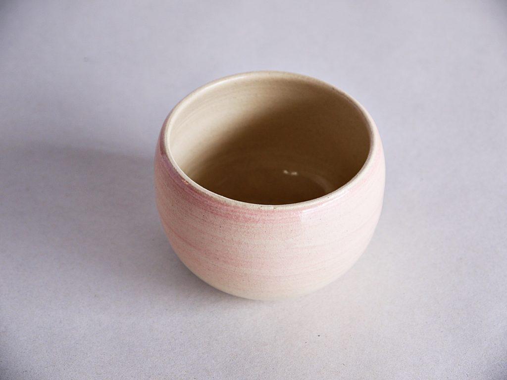 桜化粧の湯飲み