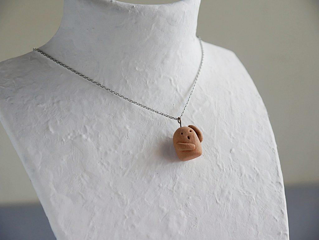ハニワのネックレス